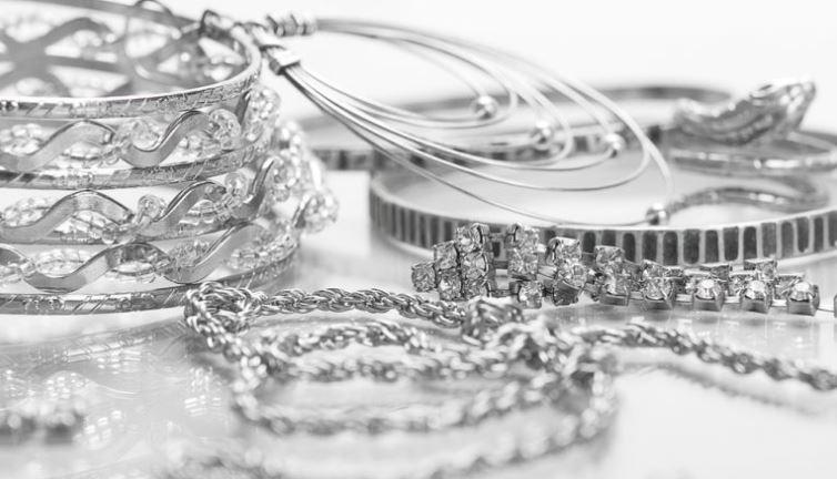 Скупка серебра в Москве